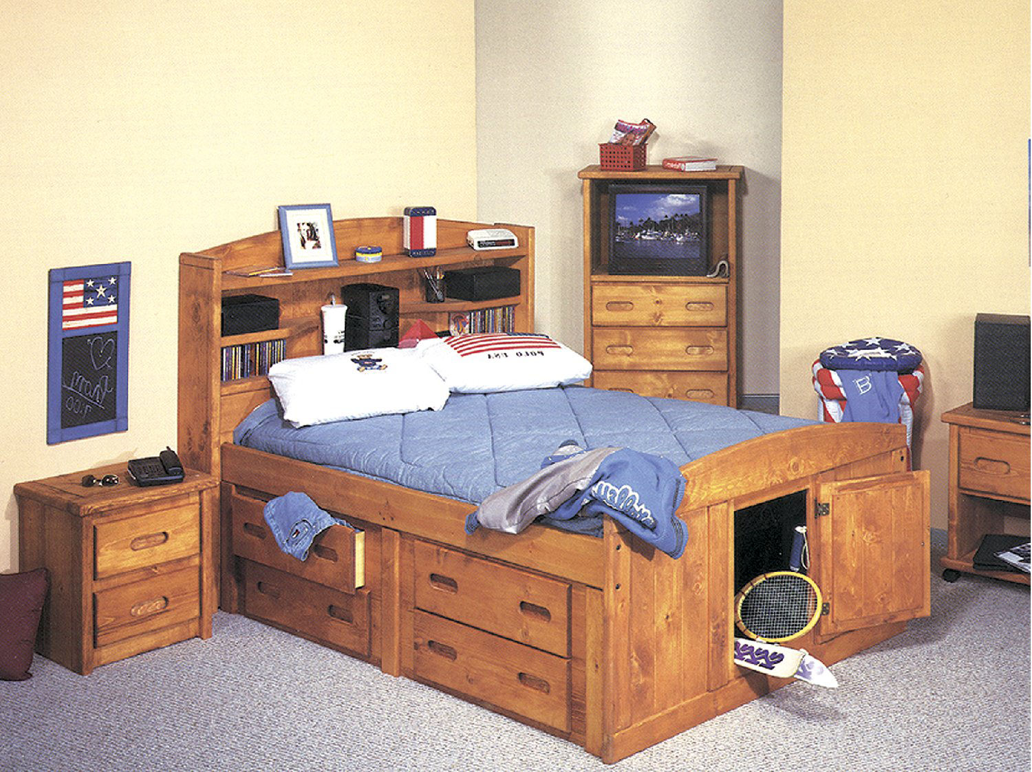 palomino captains bed hom furniture. Black Bedroom Furniture Sets. Home Design Ideas