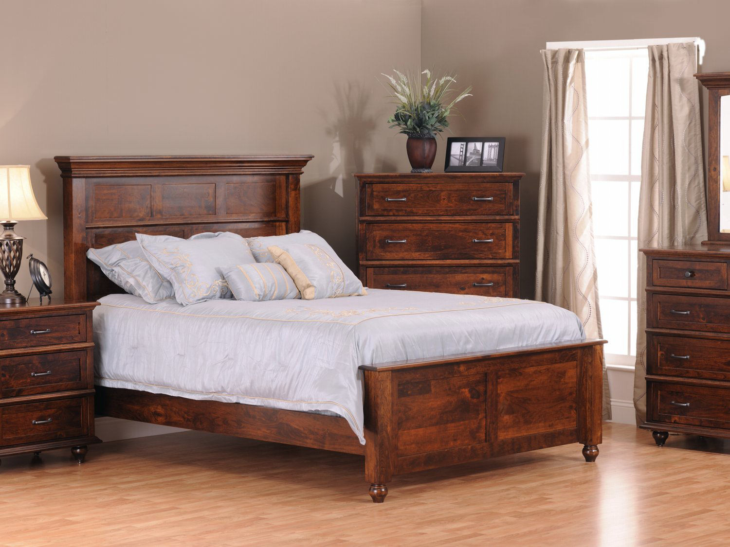 Springfield solid knotty cherry bedroom by amish craftsmen hom furniture - Amish bedroom furniture ...